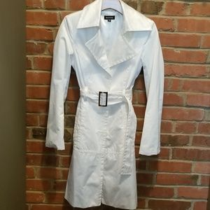 Stunning Bebe bright white trench coat